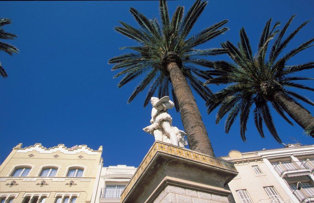 Stock Photo: 1848R-526967 El Greco memorial Sitges Costa de Garraf Catalonia Spain