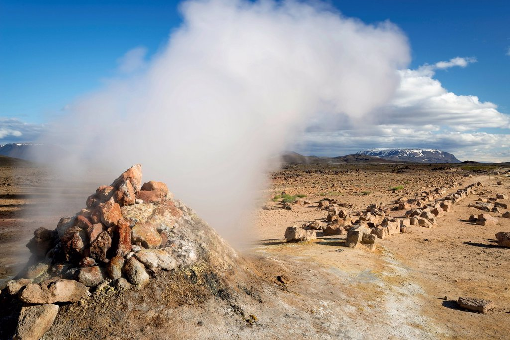 Stock Photo: 1848R-632686 Solfataras, fumaroles, sulfur and other minerals, steam, Hveraroend geothermal area, Námafjall mountains, Mývatn area, Norðurland eystra, the north_east region, Iceland, Europe