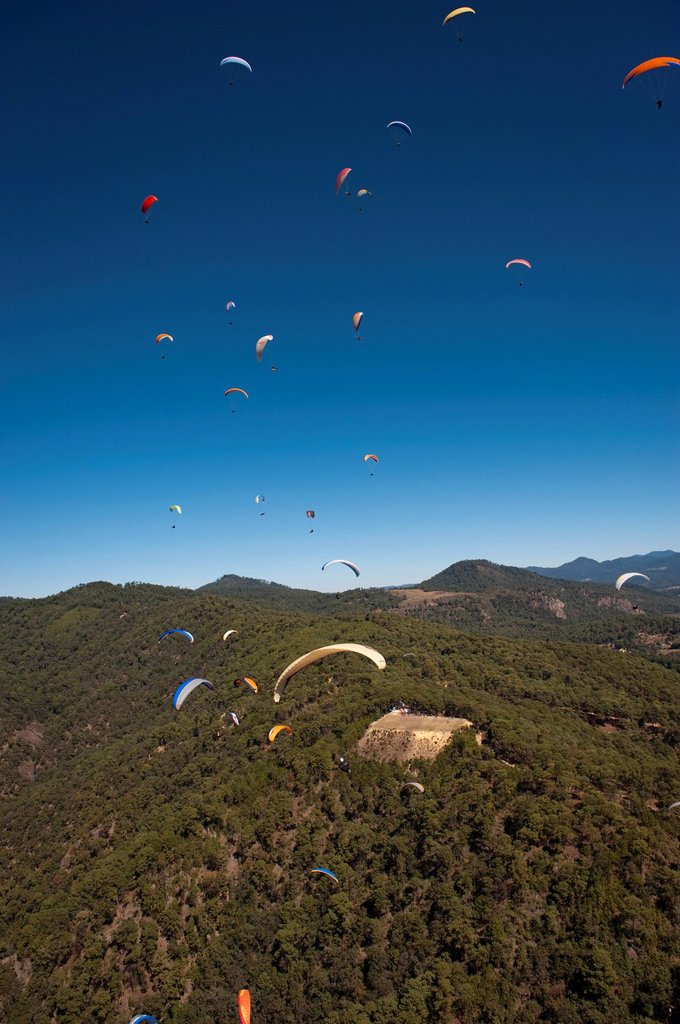 Paragliding, aerial view, Valle de Bravo, Mexico, Central America : Stock Photo