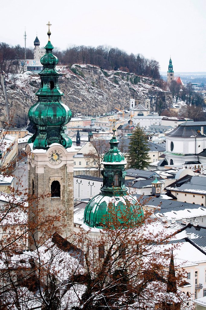 Stock Photo: 1848R-641824 Overlooking the historic district of Salzburg with steeples of Kollegienkirche, collegiate church and Franziskanerkirche, Franciscan church, Austria, Europe