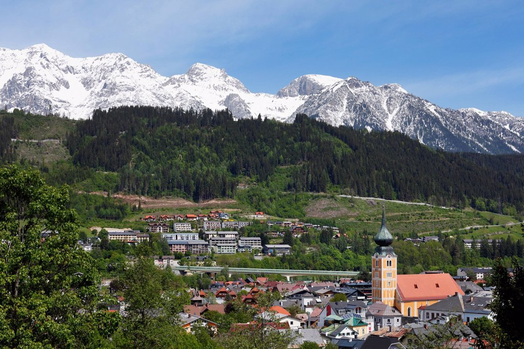 Stock Photo: 1848R-641907 Schladming with the Dachstein massif, Ennstal valley, Upper Styria, Stryria, Austria, Europe