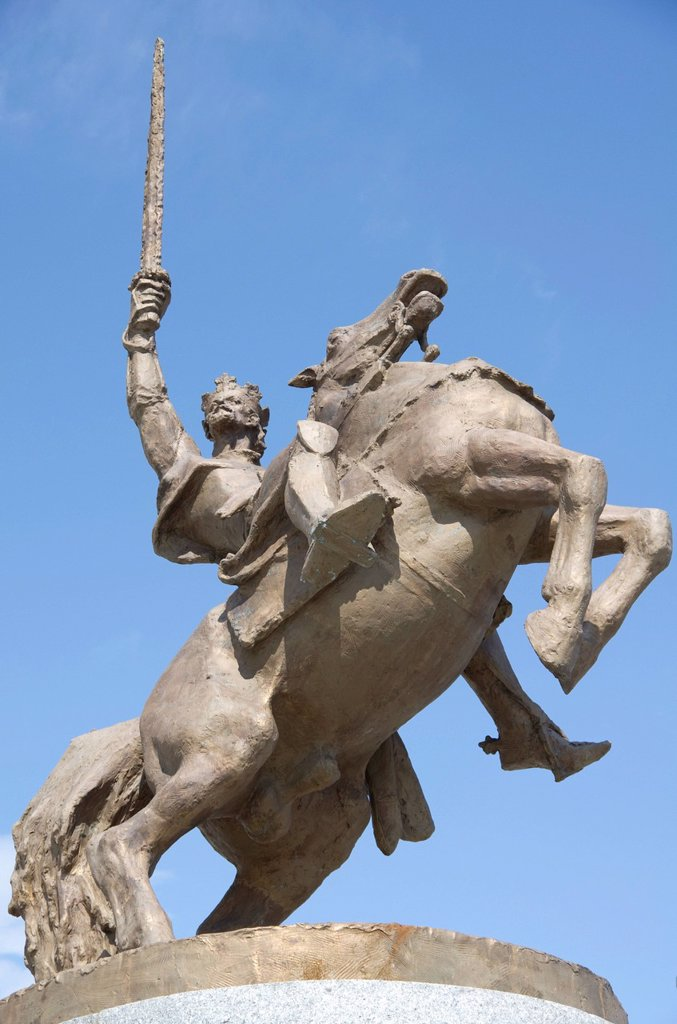 Stock Photo: 1848R-734062 Equestrian statue, renovated Castle of Bratislava, Slovakia, Europe