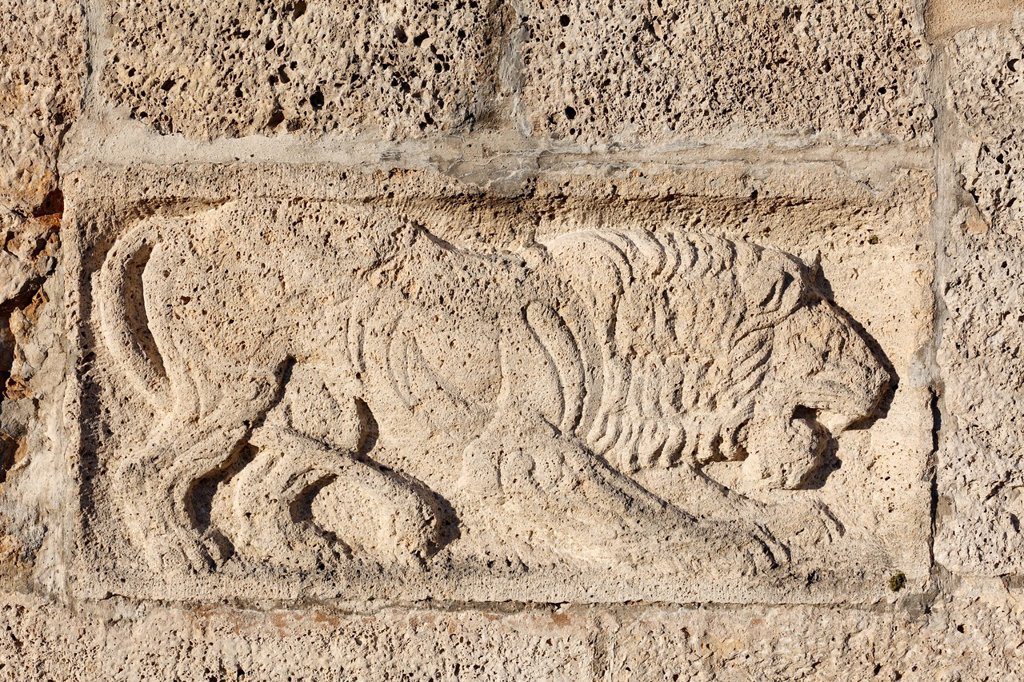 Lion in relief on the Bismarckturm tower in Assenhausen, Berg on Lake Starnberger See, Fuenfseenland area, Upper Bavaria, Bavaria, Germany, Europe : Stock Photo