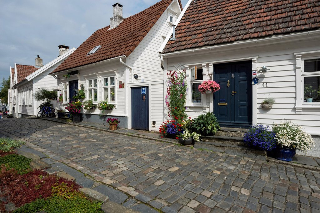 Stock Photo: 1848R-771420 White wooden houses with floral decorations, historic lane with cobblestones in the historic town centre
