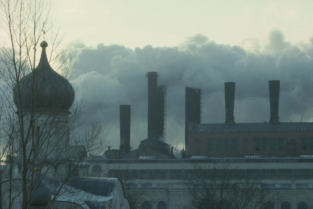 Stock Photo: 1850-11186 Russia, Moscow, Pollution From Power Station Behind The Kremlin.