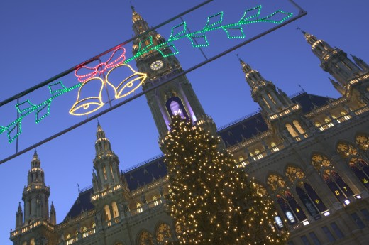 Austria, Vienna, Christmas Lights And Tree In Front Of The Rathaus During The Christmas Market. : Stock Photo