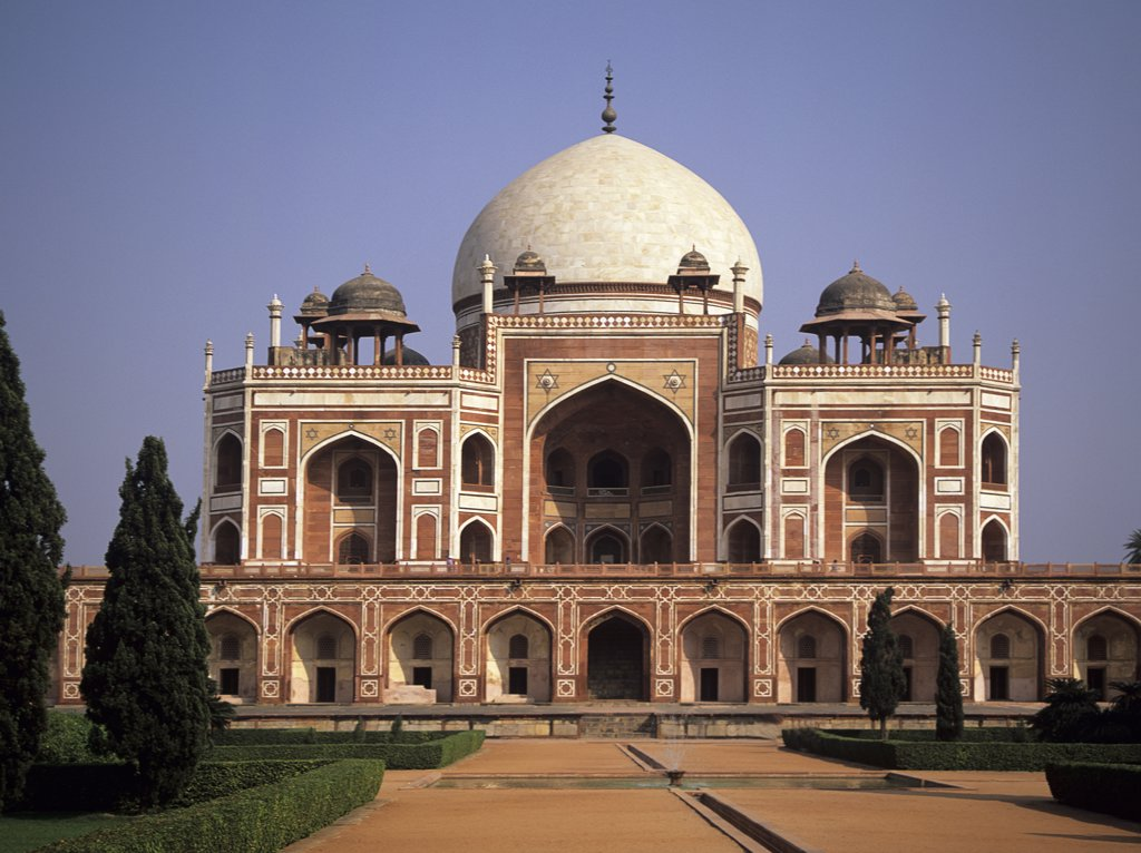 Stock Photo: 1850-19235 India , Uttar Pradesh, Delhi, 'Humayun?S Tomb, First And One Of The Finest Examples Of A Garden Tomb Later Perfected At The Taj Mahal. Begun In 1564 By His Widow Haji Begum '