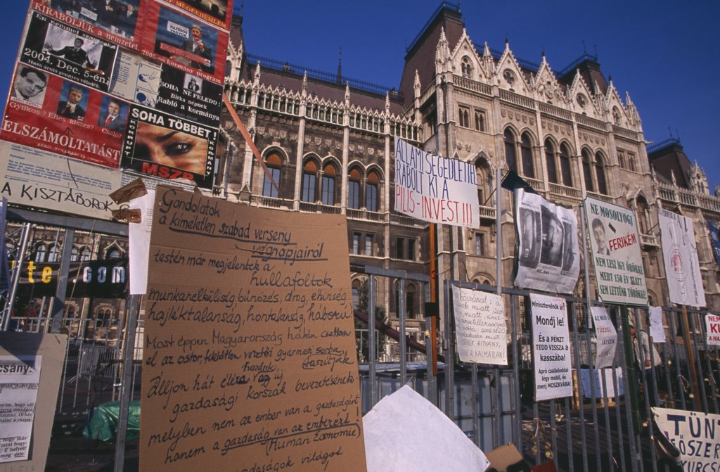 Hungary, Budapest, 'Hand-Written Posters And Signs Attached To Railings Outside Parliament To Demonstrate Against Socialist Leader Ference Gyurcany, 50 Years After 1956 Uprising Againist Communist Rule. ' : Stock Photo