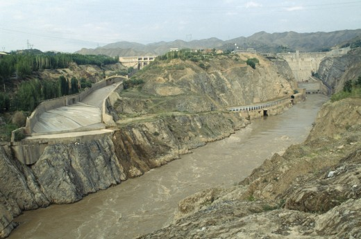 China, Linjiaxia, Gorge And Dam On The Yellow River : Stock Photo