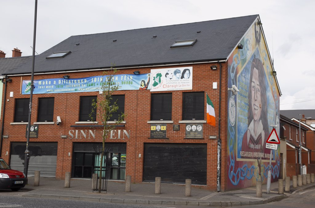 Ireland, North, Belfast, 'Falls Road, Mural Of Bobby Sands On The Gable End Of The Sinn Fein Headquarters On The Corner Of Sevastapol Street.' : Stock Photo
