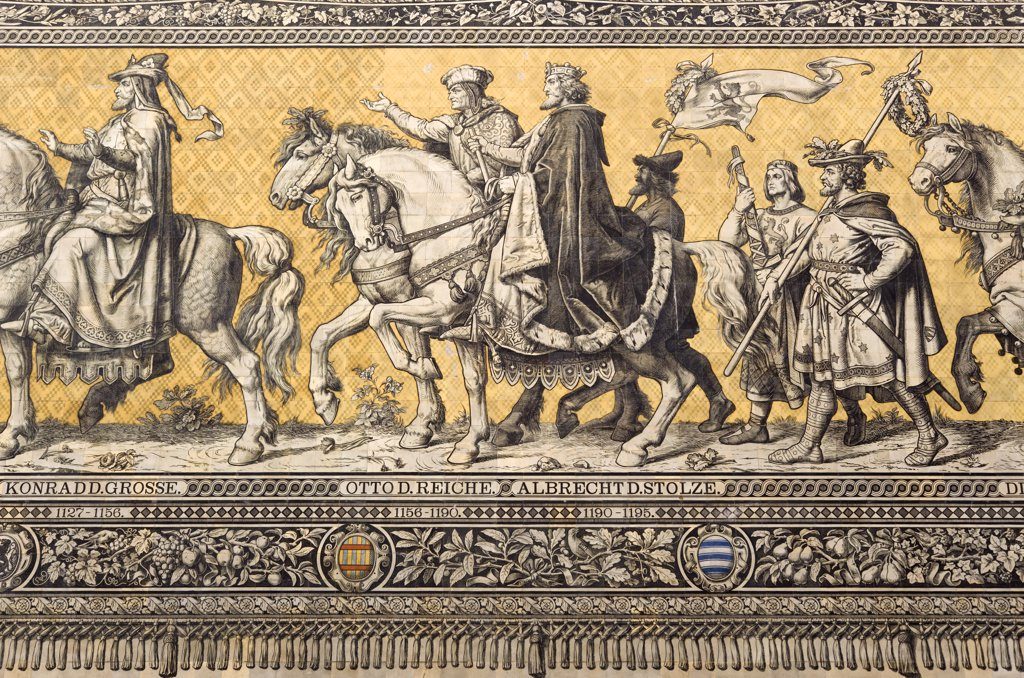 Germany, Saxony, Dresden, Furstenzug Or Procession Of The Dukes In Auguststrasse A Mural On 25 000 Meissen Tiles That Depicts 35 Noblemen From The 12Th Century Konrad The Great  To Friedrich August Iii  Saxonys Last King  Who Ruled From 1904-1918. It Was Originally Painted By Wilhelm Walter Between 1870 And 1876 But Eventually  The Stucco Began To Crumble And Around 1906-07 It Was Replaced By The Tiles. : Stock Photo