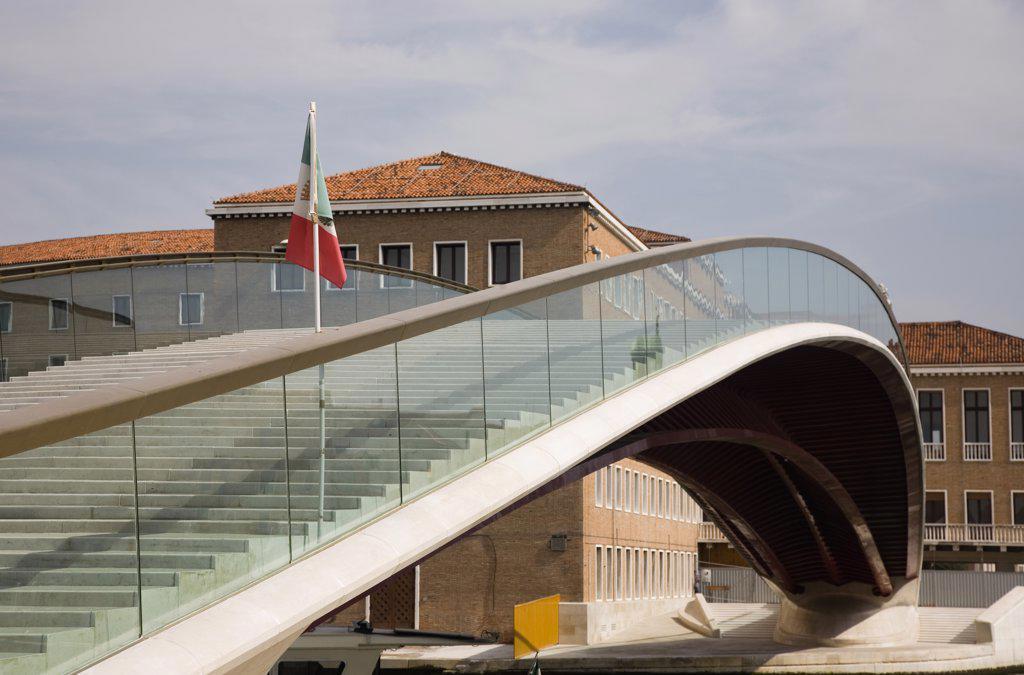 Italy Veneto Venice, Ponte di Calatrava Bridge  Fourth bridge across the Grand Canal : Stock Photo