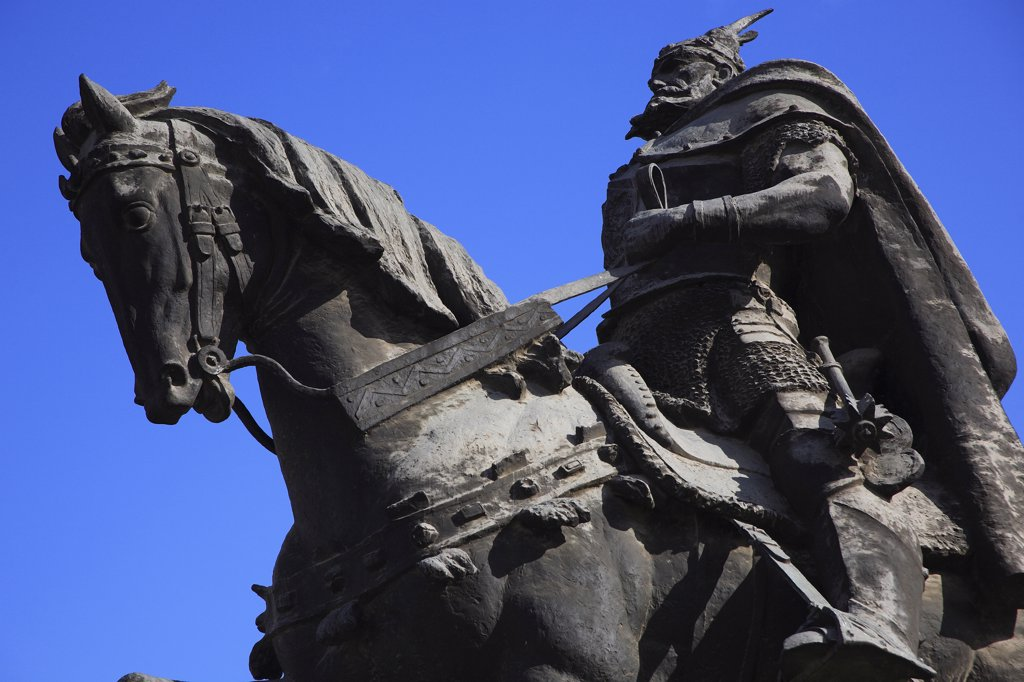 Albania, Tirane, Tirana, Part view of equestrian statue of national hero George Castriot Skanderbeg. : Stock Photo