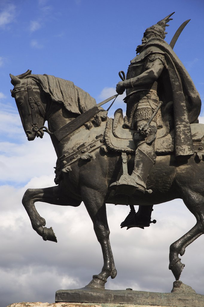 Albania, Tirane, Tirana, Part view of equestrian statue of the national hero George Castriot Skanderbeg. : Stock Photo