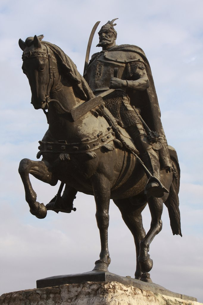 Albania, Tirane, Tirana, Equestrian statue of George Castriot Skanderbeg  the national hero of Albania. : Stock Photo