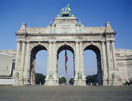 Stock Photo: 1850-3757 Belgium, Brabant, Brussels, 'Arc Du Triomphe, The Arch In The Cinquantenaire Park And Hanging Belgian Flag.'