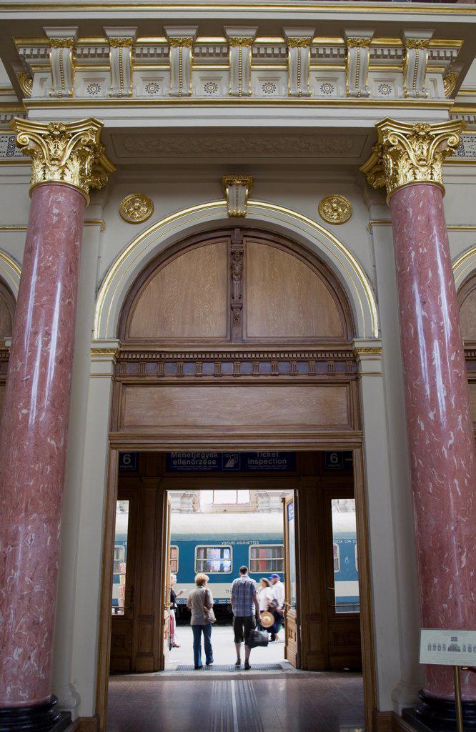 Hungary, Budapest, Interior of Keleti, the city's main International station. : Stock Photo