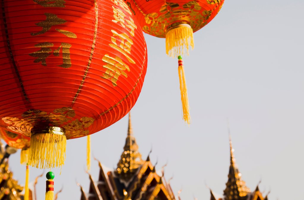 Stock Photo: 1850-45701 Thailand, Bangkok, Wat Yannawa temple roof and  red lantern at Chinese New Year.