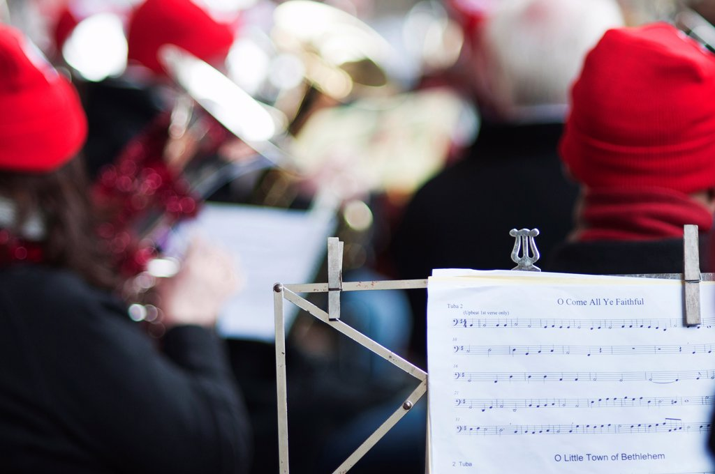 Stock Photo: 1850-46025 England, London, St Pauls Cathedral, Tuba Carols an annual Christmas charitable musical performance.
