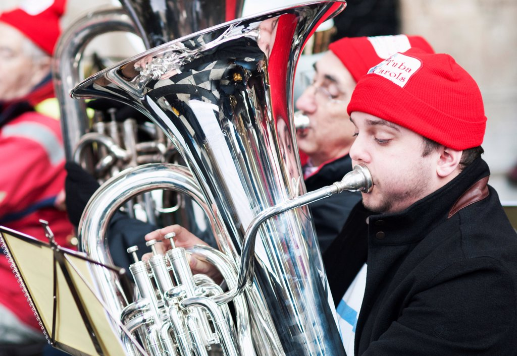 Stock Photo: 1850-46027 England, London, St Pauls Cathedral, Tuba Carols an annual Christmas charitable musical performance.