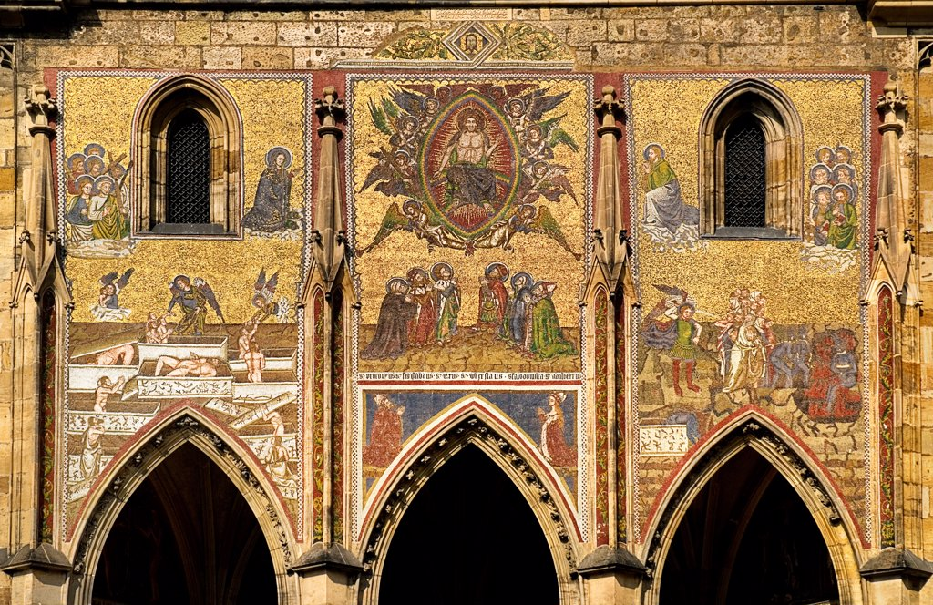 Stock Photo: 1850-46194 Czech Republic, Bohemia, Prague, St Vitus Cathedral, Golden Gate and Mosaic of the Last Judgement.