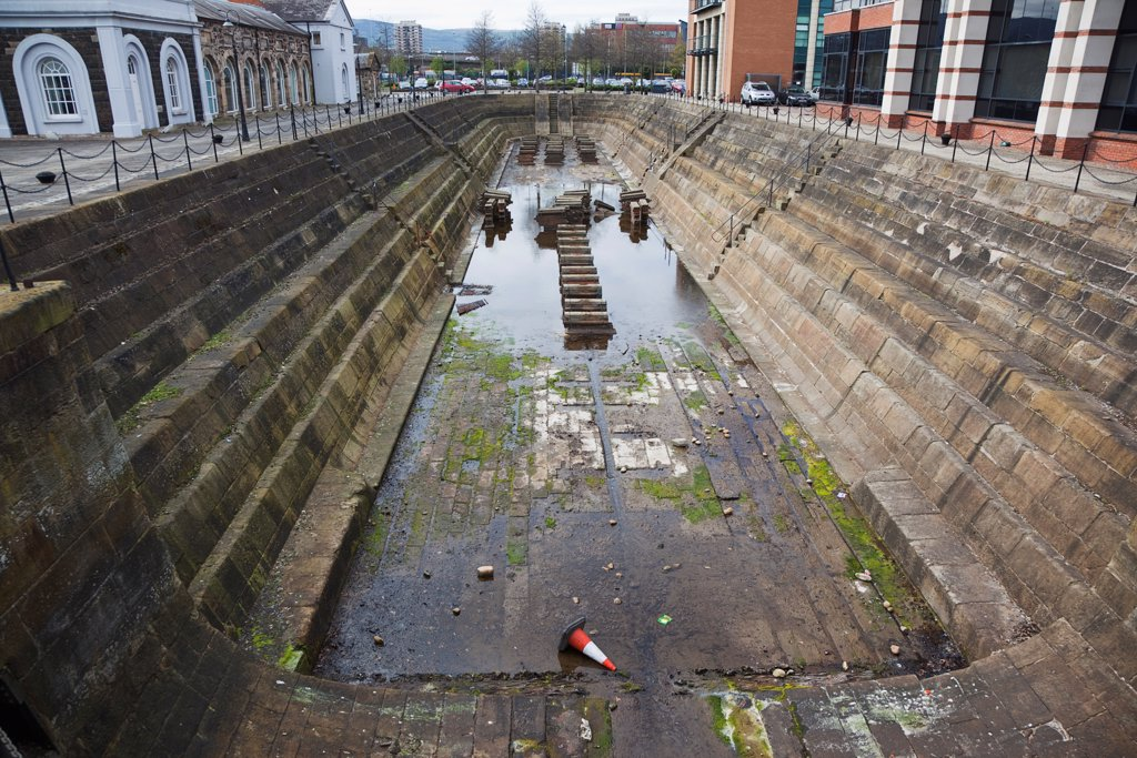 Stock Photo: 1850-46249 Ireland, North, Belfast, Clarendon Dock, Disused dry dock.