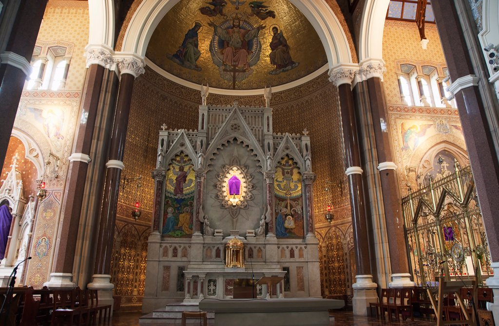 Stock Photo: 1850-46268 Ireland, North, Belfast, Falls Road, Clonard Monastery interior decorated for Good Friday with statues draped in purple cloth.