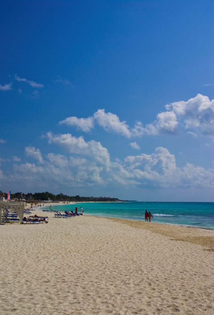 Mexico, Quintana Roo, Playa del Carmen, View along beach. : Stock Photo