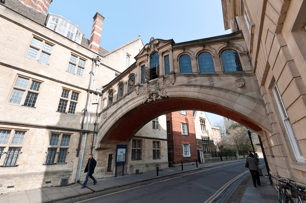 Stock Photo: 1850-46435 England, Oxfordshire, Oxford, The Bridge of Sighs, built 1913-1914 by Sir Thomas Jackson forms part of Hertford College.