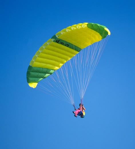 Yellow Parachute Glide : Stock Photo