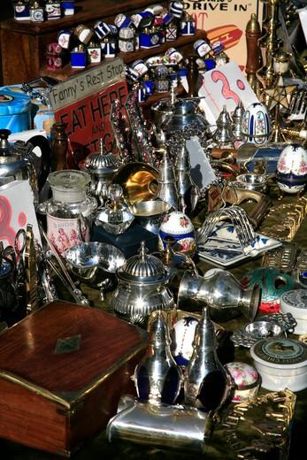 Stock Photo: 1851-5332 Antiques at the Portobello Road Market in London