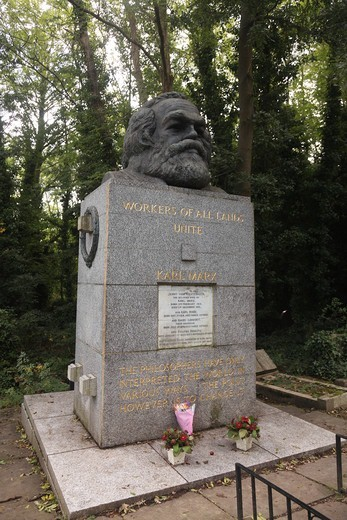 Headstone of Karl Marx at Highgate East Cemetery in London England : Stock Photo