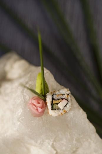 Close-up of uramaki sushi : Stock Photo