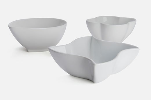 Stock Photo: 1884-63928 Close-up of three bowls