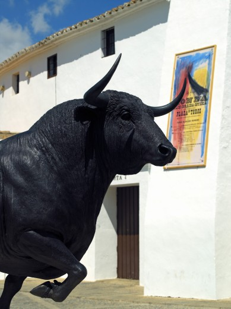 Stock Photo: 1885-11118 Spain, Andalucia, Ronda, Statue of bull in Plaza de Toros