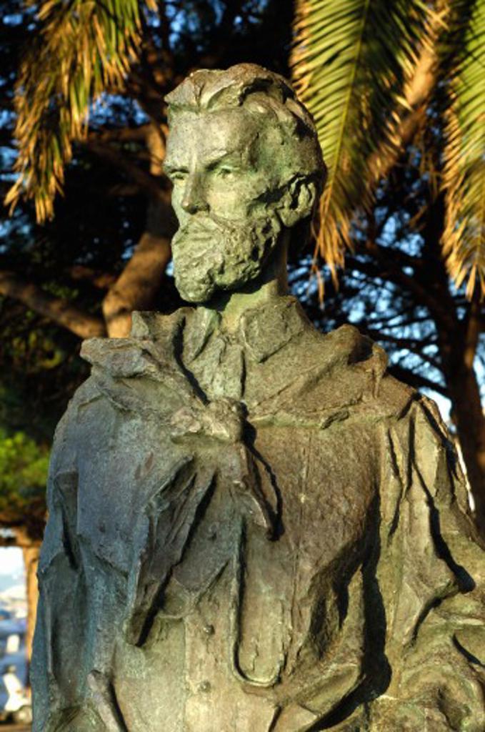 Italy, Sardinia, La Maddalena, Statue of  Garibaldi : Stock Photo
