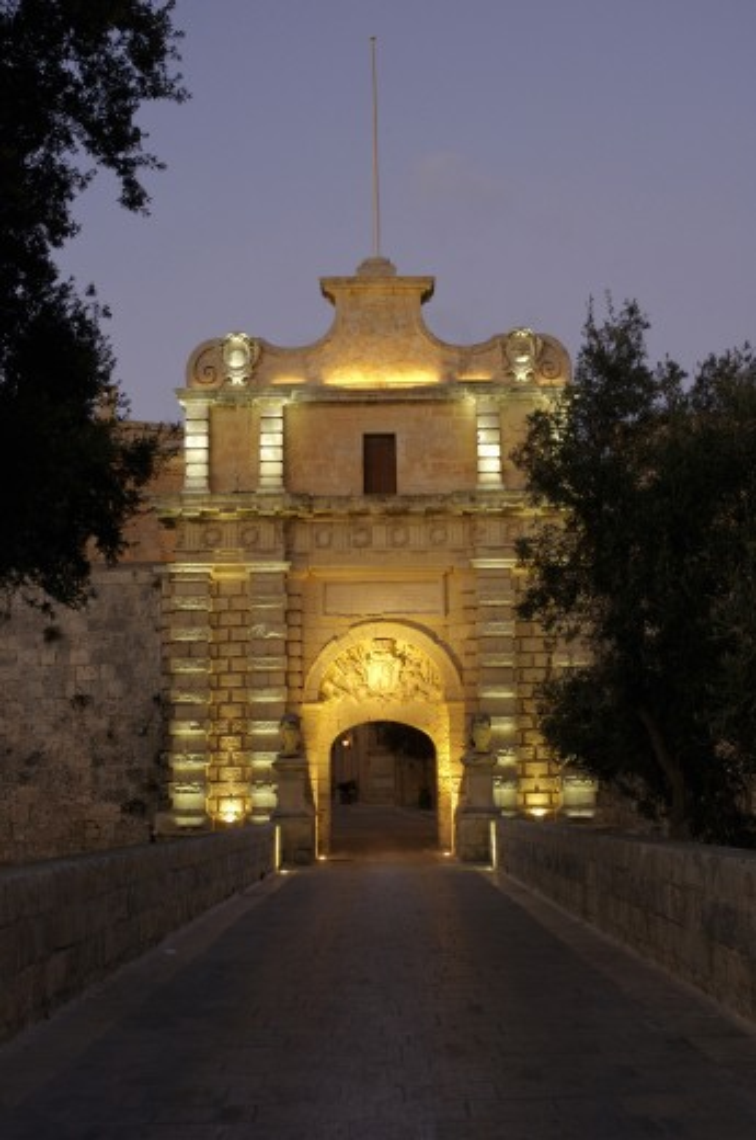 Maltese Islands, Malta, Mdina, Mdina Gate at night : Stock Photo