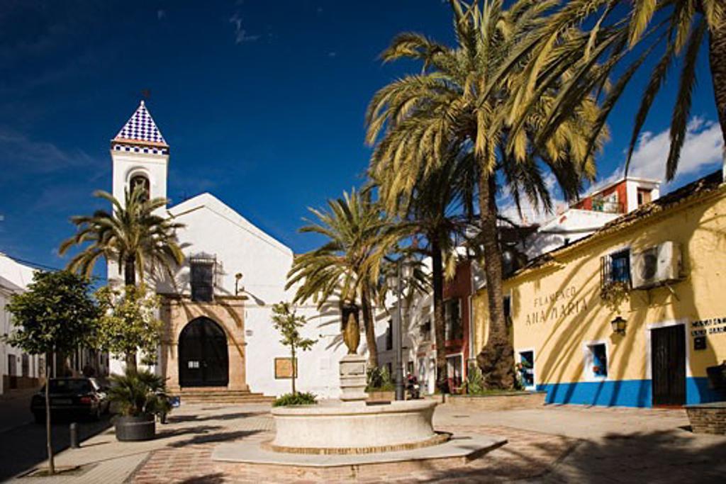 Stock Photo: 1885-16300 Spain, Costa del Sol, Marbella, Church of Santo Cristo de la Vera Cruz in the old town