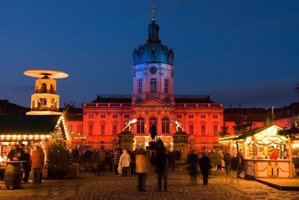 Germany, Brandenburg, Berlin, Christmas Market outside the Schloss Charlottenburg : Stock Photo