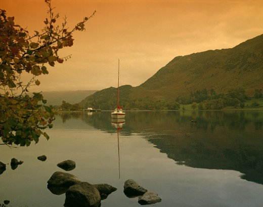 Stock Photo: 1885-18863 UK - England, Cumbria, Ullswater, Lake scene at dawn