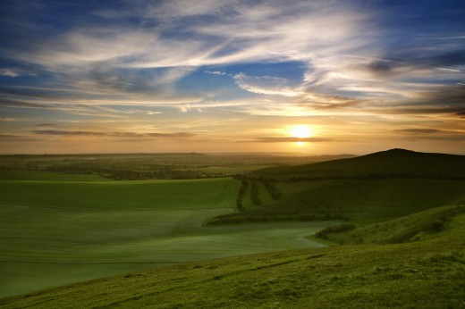 Stock Photo: 1885-19720 UK - England, Wiltshire, Vale of Pewsey, Sunset from Knap Hill