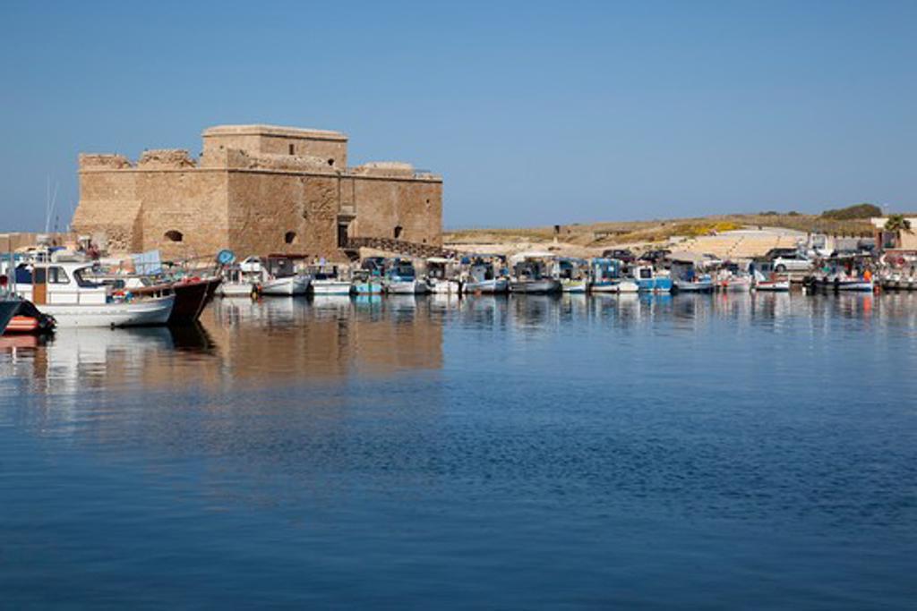 Stock Photo: 1885-21548 Cyprus, Kato Paphos, Paphos, Castle & Harbour Boats