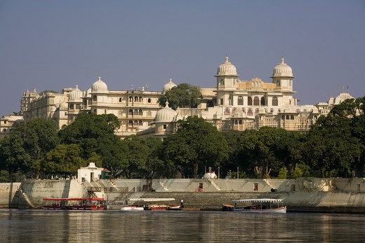 India, Rajasthan, Udaipur, Shiv Niwas & Fateh Prakash palace from Lake Pichola : Stock Photo