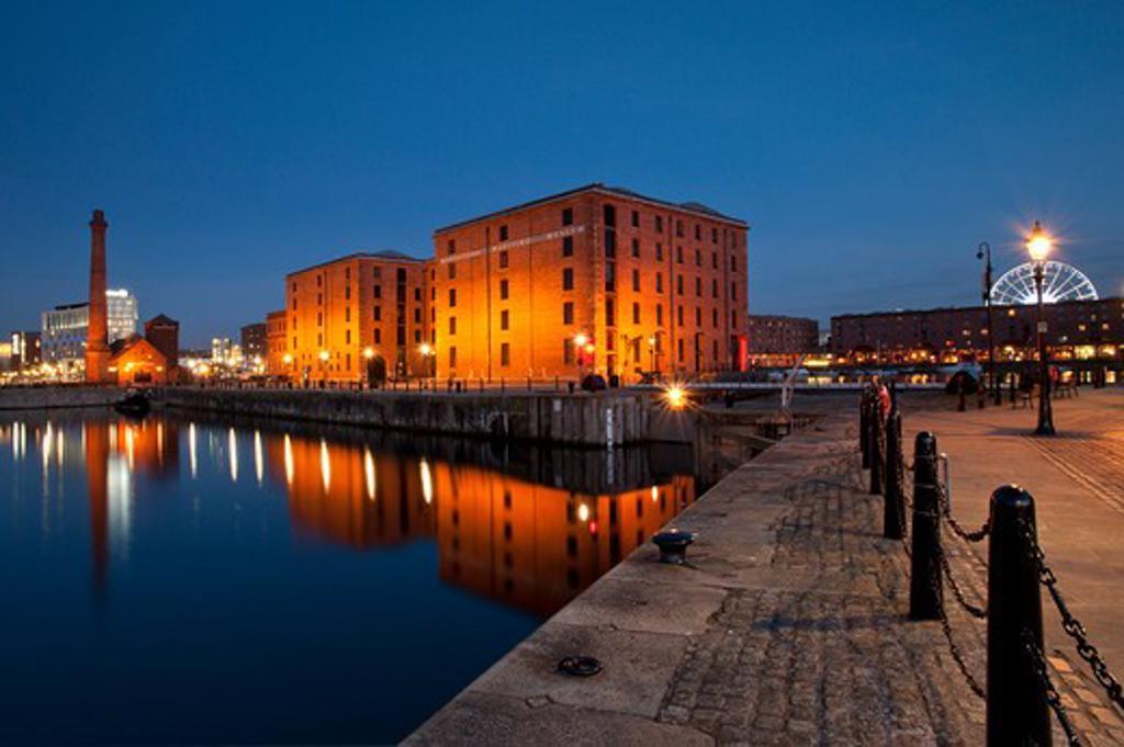 UK - England, Merseyside, Liverpool, The Albert Dock At Night : Stock Photo