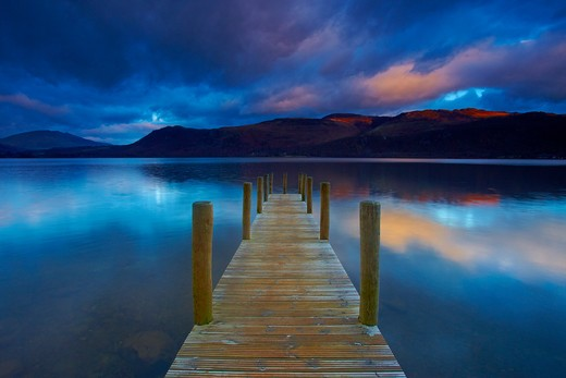 Stock Photo: 1885-23480 UK - England, Cumbria, Derwentwater, View across Derwentwater from Brandelhow Jetty