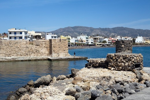 Greek Islands, Crete, Ierapetra, View along seafront and the Venetian fortress : Stock Photo