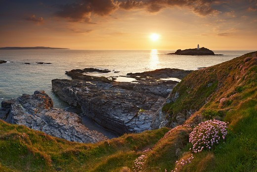 UK - England, Cornwall, St Ives - near, View to Godrevy Lighthouse at sunset : Stock Photo
