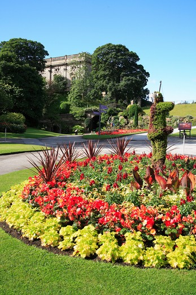 UK - England, Nottinghamshire, Nottingham, Nottingham Castle and garden : Stock Photo