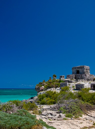 Mexico, Quintana Roo, Tulum, View to the Temple of the Wind and and the ocean : Stock Photo