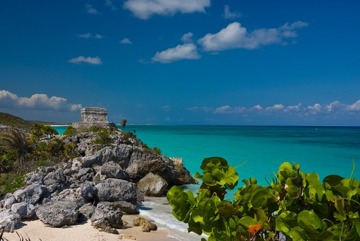 Stock Photo: 1885-26027 Mexico, Quintana Roo, Tulum, View over beach to Temple of the Wind